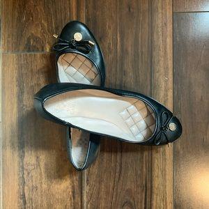 Vince Camuto Black Ballet Flats Size 7
